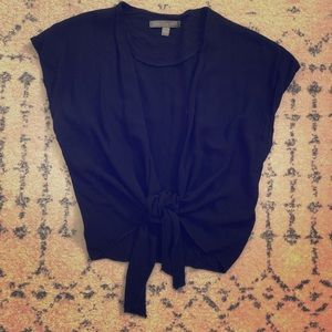 [American Eagle] Black Cropped Knot Shirt